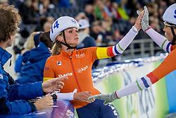 10-12-2016 NED: ISU World Cup Speed Skating, Heerenveen<br /> Massasprint vrouwen Irene Schouten #14 wordt tweede achter de Koreaanse