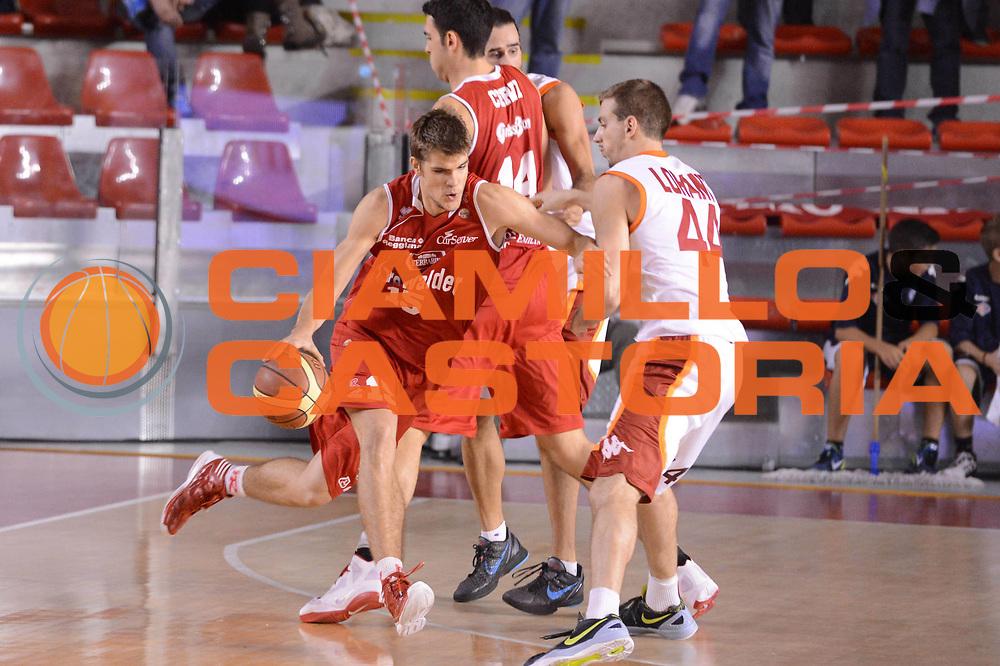 DESCRIZIONE : Roma Lega A 2012-13 Acea Roma Trenkwalder Reggio Emilia<br /> GIOCATORE : Silins Ojars<br /> CATEGORIA : controcampo palleggio<br /> SQUADRA : Trenkwalder Reggio Emilia<br /> EVENTO : Campionato Lega A 2012-2013 <br /> GARA : Acea Roma Trenkwalder Reggio Emilia<br /> DATA : 14/10/2012<br /> SPORT : Pallacanestro <br /> AUTORE : Agenzia Ciamillo-Castoria/GiulioCiamillo<br /> Galleria : Lega Basket A 2012-2013  <br /> Fotonotizia : Roma Lega A 2012-13 Acea Roma Trenkwalder Reggio Emilia<br /> Predefinita :
