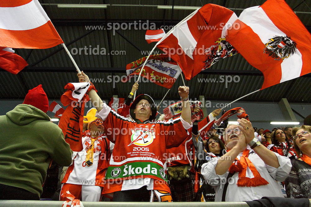 24.04.2010, Eishalle, IJssportcentrum, Tilburg, NED, IIHF Division I WM, Gruppe A, Österreich vs Niederlande im Bild Austrian fans chant and wave their flags, EXPA Pictures © 2010, PhotoCredit/ EXPA/ Fintan Planting / SPORTIDA PHOTO AGENCY