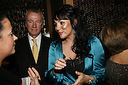 Derick Pickle and Martine McCutcheon, The launch of Gilt, a new champagne lounge in the Jumeira Carlton Tower Hotel. Sloane st. London. 17 October 2006. -DO NOT ARCHIVE-© Copyright Photograph by Dafydd Jones 66 Stockwell Park Rd. London SW9 0DA Tel 020 7733 0108 www.dafjones.com