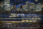 Nederland, Amsterdam, 28-1-2013Serie beelden van de zuidas en rondweg a10 vanuit een hoge lokatie, het anb-amro gebouw. Zuidplein met station zuid.Foto: Flip Franssen/Hollandse Hoogte