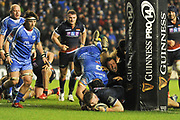 Magnus Bradbury scores try between the posts during the Guinness Pro 14 2018_19 match between Edinburgh Rugby and Dragons Rugby at Murrayfield Stadium, Edinburgh, Scotland on 15 February 2019.