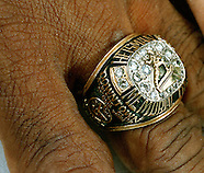 Johnny Rodgers heisman ring