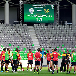 20100810: SLO, Practice of Australia football team in Stozice, Ljubljana