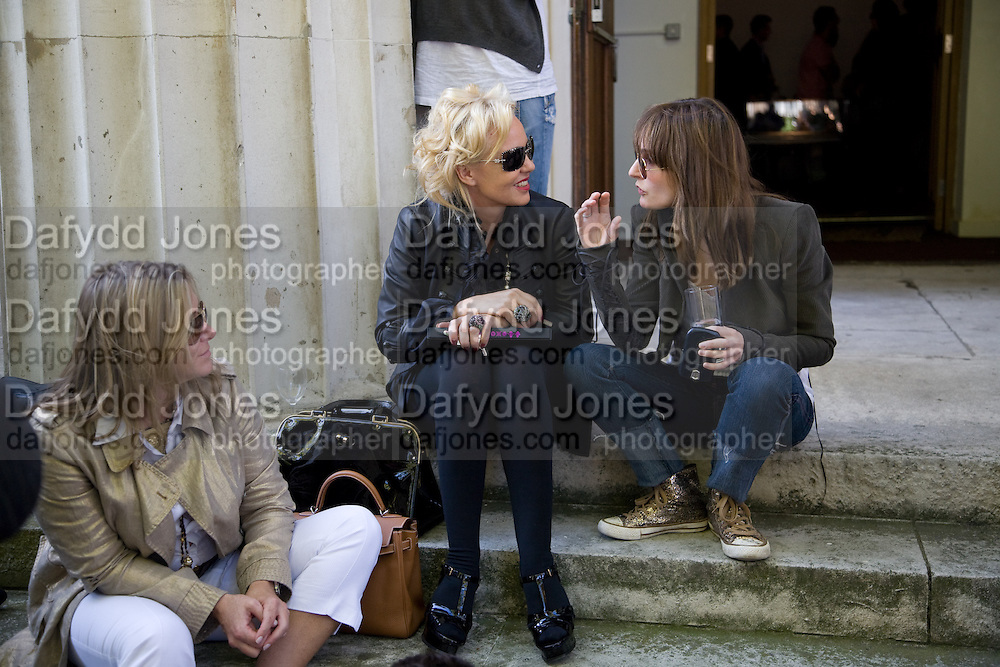 AMANDA ELIASCH; DAISY BATES, Julia, Mark and Francesca host a party for Tracey Emin and her new Travelling chess set. RS&A Ltd. 50b Buttesland St. Hoffman Sq. London N1. 12 October 2008 *** Local Caption *** -DO NOT ARCHIVE-© Copyright Photograph by Dafydd Jones. 248 Clapham Rd. London SW9 0PZ. Tel 0207 820 0771. www.dafjones.com.