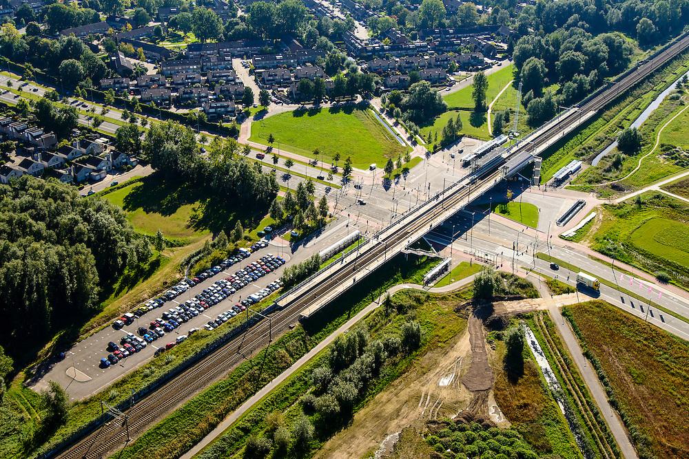 Nederland, Gelderland, Gemeente Arnhem, 30-09-2015; NS Station Anrhem-Zuid.<br /> luchtfoto (toeslag op standard tarieven);<br /> aerial photo (additional fee required);<br /> copyright foto/photo Siebe Swart