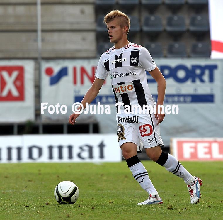 9.7.2012, Veritas stadion (Kupittaa), Turku..Veikkausliiga 2012..FC TPS Turku - FC Honka..Petteri Pennanen - TPS.