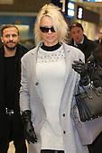 Pamela Anderson arrivs in Cologne
