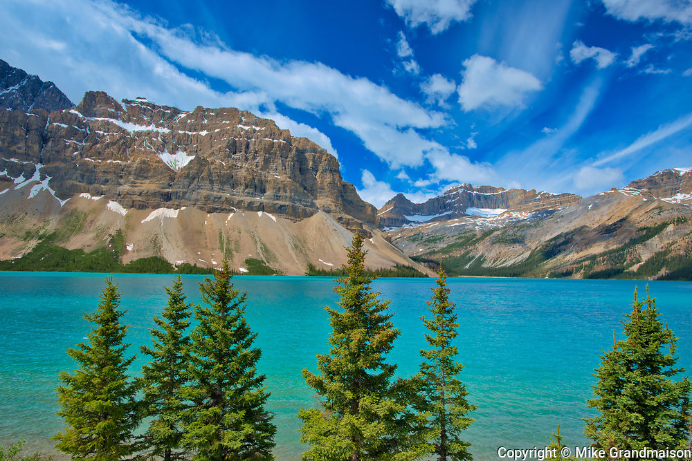 Bow Lake and Crowfoot Mountain<br />