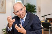 06 NOV 2019, BERLIN/GERMANY:<br /> Wolfgang Schaeuble, CDU, Bundestagspraesident, waehrend einem Interview, in seinem Buero, Reichstagsgebaeude, Deutscher Bundestag<br /> IMAGE: 20191106-02-007<br /> KEYWORDS: Wolfgang Schäuble
