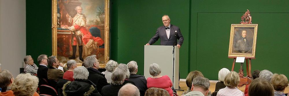 Mannheim. 14.02.2012. Reiss Engelhorn Museen (rem). F&circ;rderkreis pr&permil;sentiert ein neues Gem&permil;lde.<br /> - v.l. Prof.Dr.Hermann Wiegand und Dr. Hans-J&cedil;rgen Buderer<br /> <br /> Bild: Markus Proflwitz 14FEB12 / masterpress /