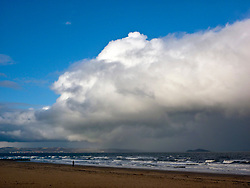 The much heralded winter storm finally reached Edinburgh thia afternoon. Here it is fast approaching the beach at Portobello, Edinburgh. © Jon Davey/ EEm