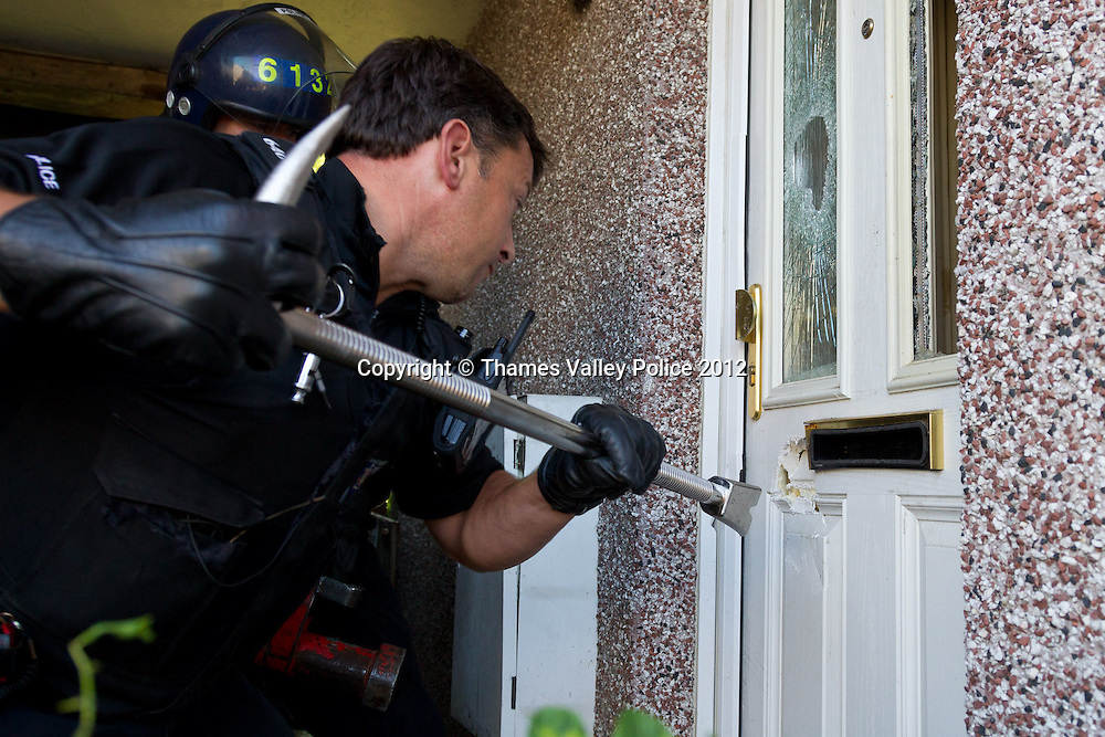 Operation Sideline is a Thames Valley Police led operation supported by the MPS, which involved the execution of a number of warrants in the Aylesbury and Metropolitan Police areas to crack down on the supply and use of drugs in the Aylesbury area. Aylesbury, UNITED KINGDOM. September 18 2012. <br /> Photo Credit: MDOC/Thames Valley Police<br /> &copy; Thames Valley Police 2012. All Rights Reserved. See instructions.