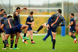 Kurtley Beale and Adam Ashley-Cooper warm up - Ryan Hiscott/JMP - 08/11/2018 - RUGBY - Llanwern High School - Newport, Wales - Australia Rugby Training Session