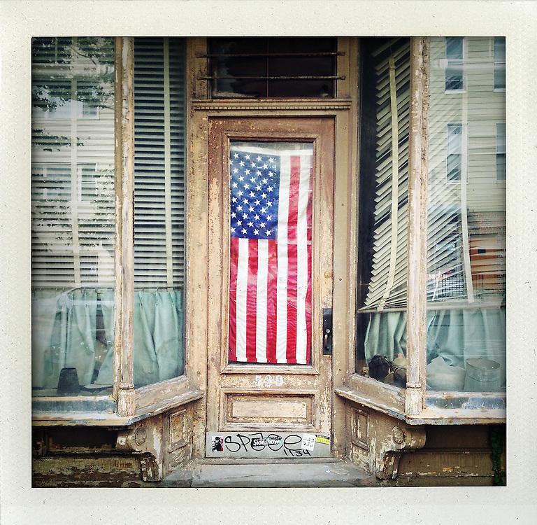 Willamsburg Flag House, Brooklyn, New York<br /> <br /> &copy; Stefan Falke<br /> www.stefanfalke.com