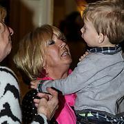NLD/Amsterdam/20150128 - Boekpresentatie Willeke Alberti, Willeke en haar kleinzoon