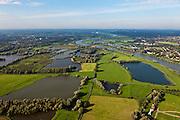 Nederland, Gelderland, Gemeente Arnhem, 03-10-2010; zicht op Meinerswijk, naar het westen, rechts de bebouwing van Arnhem. In het kader van het programma Ruimte voor de Rivier zullen delen van de uiterwaard afgraven worden. Ook zal het gebied opnieuw ingericht worden..View of floodplains and polder Meinerswijk, Arnhem to the right. The area will partly excavated to create 'space for the river'.  .luchtfoto (toeslag), aerial photo (additional fee required).foto/photo Siebe Swart