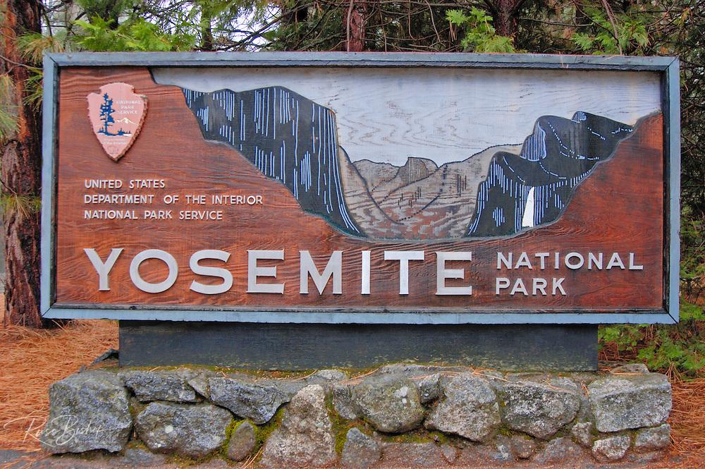 National Park entrance sign, Yosemite National Park, California