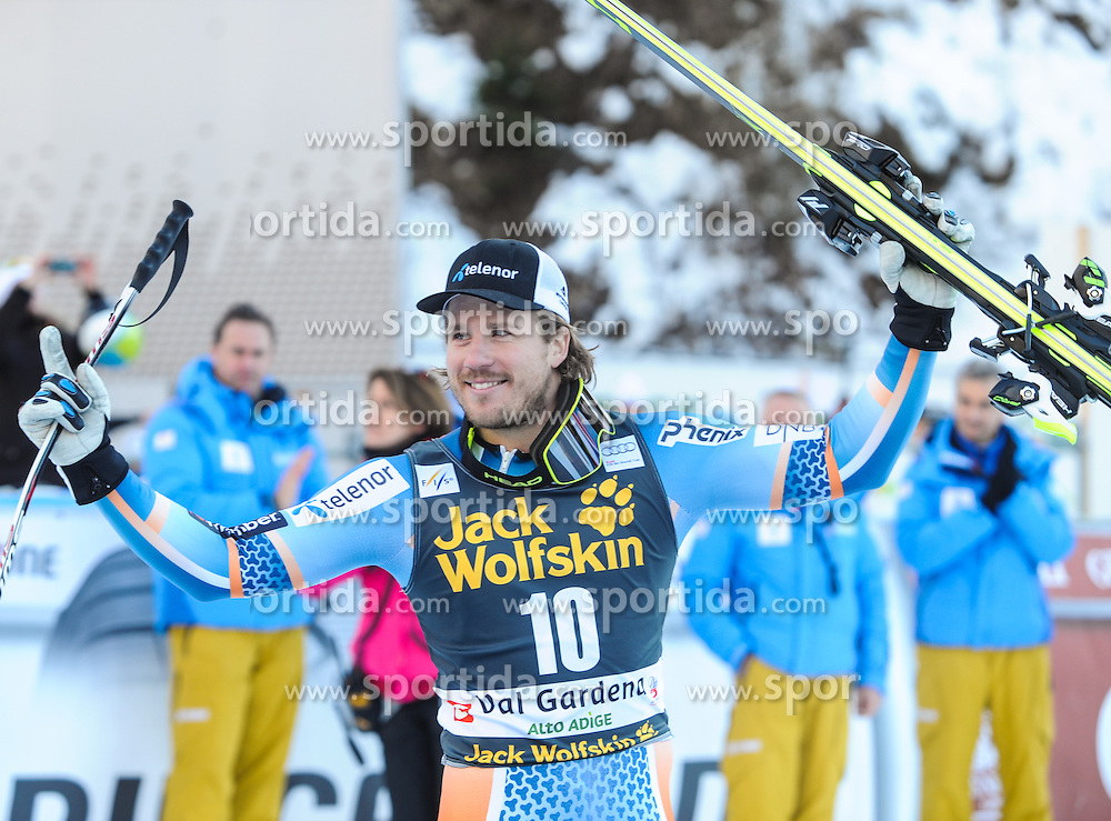 21.12.2013, Saslong, Groeden, ITA, FIS Ski Weltcup, Groeden, Riesentorlauf, Herren, Siegerpraesentation, im Bild Kjetil Jansrud (NOR, 2. Platz) // 2nd place Kjetil Jansrud of Norway Celebrate on Podium after mens Giant Slalom of the Groeden FIS Ski Alpine World Cup at the Saslong Raptor in Groeden, Italy on 2012/12/21. EXPA Pictures © 2013, PhotoCredit: EXPA/ Erich Spiess