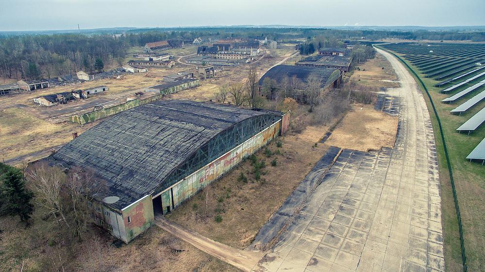 Der Flugplatz Alt Daber ist ein ehemaliger Militärflugplatz in Brandenburg bei Wittstock/Dosse. Das Gelände diente ab 1934 als Segelflugplatz. Der eigentliche Ausbau fand von 1938 bis 1940 statt, die Nutzung erfolgte anschließend durch verschiedene Einheiten der Luftwaffe bis zum Kriegsende. Die Besetzung durch die Rote Armee fand am 3. Mai 1945 statt. Die Anlage ist seit dem Abzug der Sowjetischen Truppen am 20. Juni 1994 stillgelegt.Im Dezember 2011 wurde auf dem Gelände mit dem Solarpark Alt Daber eine Photovoltaik-Freiflächenanlage mit einer Leistung von 67,8 MWp errichtet.