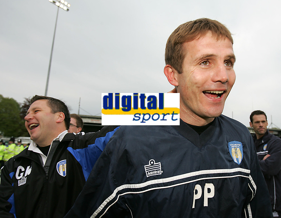 Photo: Lee Earle.<br /> Yeovil Town v Colchester United. Coca Cola League 1. 06/05/2006. Colchester's assistaint manager Geraint Williams (L) celebrates with manager Phil Parkinson at the end of the match.