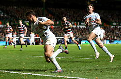 Dan Carter of Racing 92 runs in a try - Mandatory by-line: Robbie Stephenson/JMP - 23/10/2016 - RUGBY - Welford Road Stadium - Leicester, England - Leicester Tigers v Racing 92 - European Champions Cup