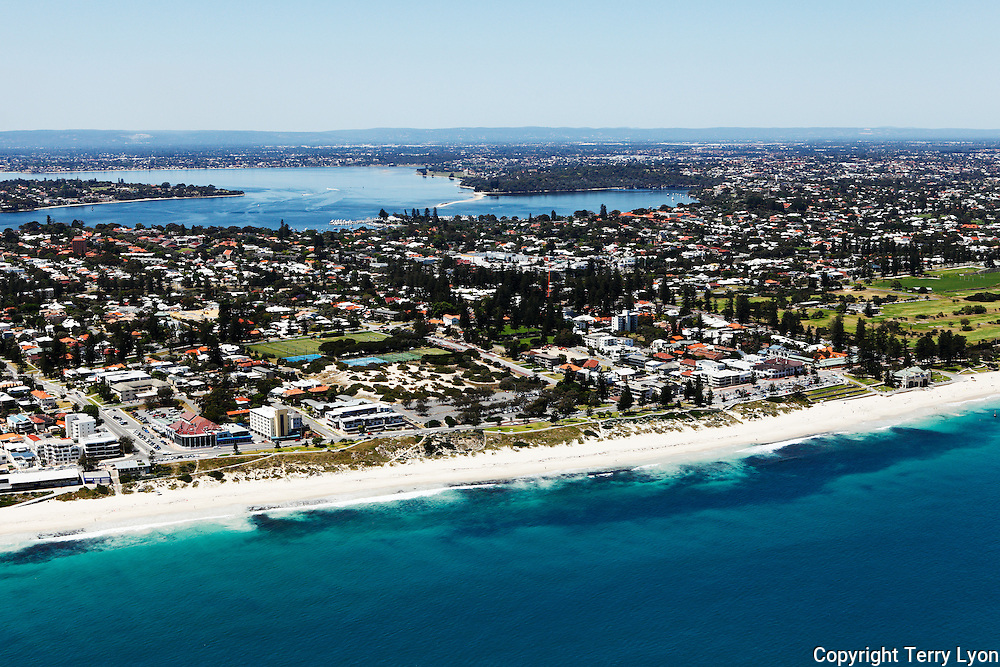 Aerial photographs of Cottesloe, North Cottesloe, Claremont, Peppermint Grove, Mosman Park, Fremantle, Henderson