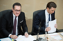 21.03.2018, Hofburg, Wien, AUT, Parlament, Sitzung des Nationalrates mit Budgetrede des Finanzministers für das Doppelbudget 2018 und 2019, im Bild Vizekanzler Heinz-Christian Strache (FPÖ) und Bundeskanzler Sebastian Kurz (ÖVP) // Austrian Vice Chancellor Heinz-Christian Strache and Austrian Federal Chancellor Sebastian Kurz during meeting of the National Council of austria with the presentation of the Austrian government budget for 2018 and 2019 at Hofburg palace in Vienna, Austria on 2018/03/21, EXPA Pictures © 2018, PhotoCredit: EXPA/ Michael Gruber