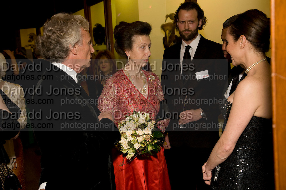 GORDON CAMPBELL GRAY; PRINCESS ROYAL; RICHARD MEALING; HUGH QUARSHIN;AMANDA MEALING, Festival of Trees Gala Dinner. In aid of Save The Children.<br />