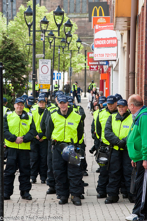 Police Officers policing the end of the  EDL Rally in Rotherham Town Centre South Yorkshire on Saturday<br /> <br /> May 10 2014<br /> Image &copy; Paul David Drabble <br /> www.pauldaviddrabble.co.uk