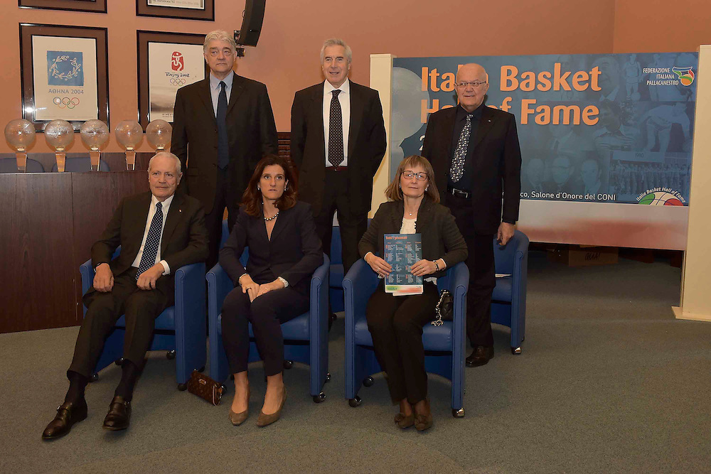 DESCRIZIONE : Roma Basket Day Hall of Fame 2014<br /> GIOCATORE : Alberto Bucci Mara Fullin Fabrizio Della Fiori Marino Zanatta Toto Bulgheroni<br /> SQUADRA : FIP Federazione Italiana Pallacanestro <br /> EVENTO : Basket Day Hall of Fame 2014<br /> GARA : Roma Basket Day Hall of Fame 2014<br /> DATA : 22/03/2015<br /> CATEGORIA : Premiazione<br /> SPORT : Pallacanestro <br /> AUTORE : Agenzia Ciamillo-Castoria/GiulioCiamillo