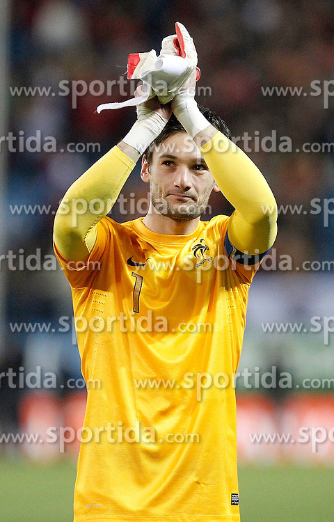 16.10.2012, Vicente Calderon Stadion, Madrid, ESP, FIFA WM Qualifikation, Spanien vs Frankreich, im Bild France's national team Hugo Lloris celebrates // during the FIFA World Cup Qualifier Match between Spain and France at the Vicente Calderon Stadium, Madrid, Spain on 2012/10/16. EXPA Pictures © 2012, PhotoCredit: EXPA/ Alterphotos/ Alvaro Hernandez..***** ATTENTION - OUT OF ESP and SUI *****