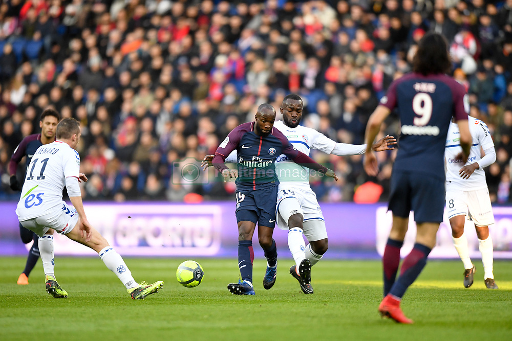February 17, 2018 - Paris, France - 19 LASSANA DIARRA (psg) - 19 STEPHANE BAHOKEN  (Credit Image: © Panoramic via ZUMA Press)