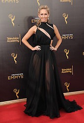 Kym Herjavec bei der Ankunft zur Verleihung der Creative Arts Emmy Awards in Los Angeles / 110916 <br /> <br /> *** Arrivals at the Creative Arts Emmy Awards in Los Angeles, September 11, 2016 ***