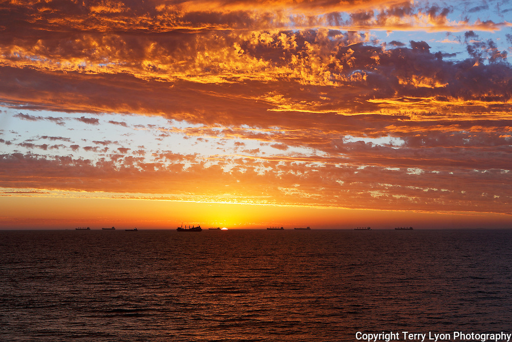 Sunset Ships CB119 Cottesloe Beach  Terry Lyon Photography