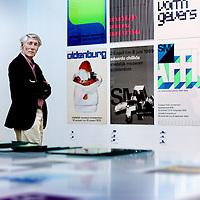 Nederland, Amsterdam , 11 augustus 2011..Grafisch ontwerper Wim Crouwel temidden van zijn overzichtstentoonstelling in het Stedelijk Museum in Amsterdam..Graphic designer Wim Crouwel in the midst of his retrospective at the Stedelijk Museum in Amsterdam.