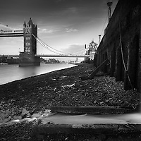 Havent shot in London for a while, but met up with Ross Farnham yesterday for a wander round. The light was quite harsh so pretty much stuck to mono.