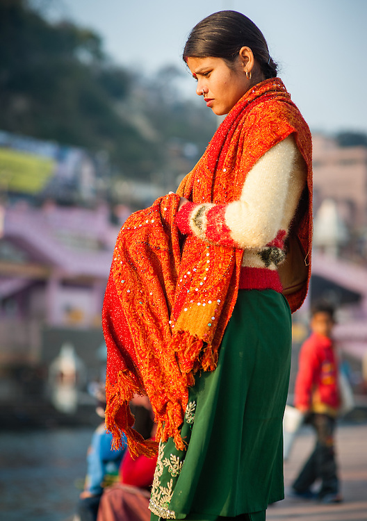 Young Indian woman in sari (India)