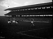 05/11/1961<br /> 11/05/1961<br /> 5 November 1961<br /> Oireachtas Final: Tipperary v Wexford at Croke Park, Dublin.