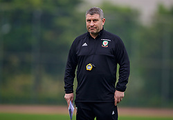 NANNING, CHINA - Sunday, March 25, 2018: Wales' assistant coach Osian Roberts during a training session at the Guangxi Sports Centre ahead of the 2018 Gree China Cup International Football Championship final match against Uruguay. (Pic by David Rawcliffe/Propaganda)