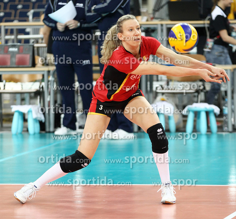 04.01.2014, Atlas Arena, Lotz, POL, FIVB, Damen WM Qualifikation, Belgien vs Schweiz, im Bild FRAUKE DIRICKX SYLWETKA // FRAUKE DIRICKX SYLWETKA during the ladies FIVB World Championship qualifying match between Belgium and Switzerland at the Atlas Arena in Lotz, Poland on 2014/01/05. EXPA Pictures &copy; 2014, PhotoCredit: EXPA/ Newspix/ Maciej Goclon<br /> <br /> *****ATTENTION - for AUT, SLO, CRO, SRB, BIH, MAZ, TUR, SUI, SWE only*****