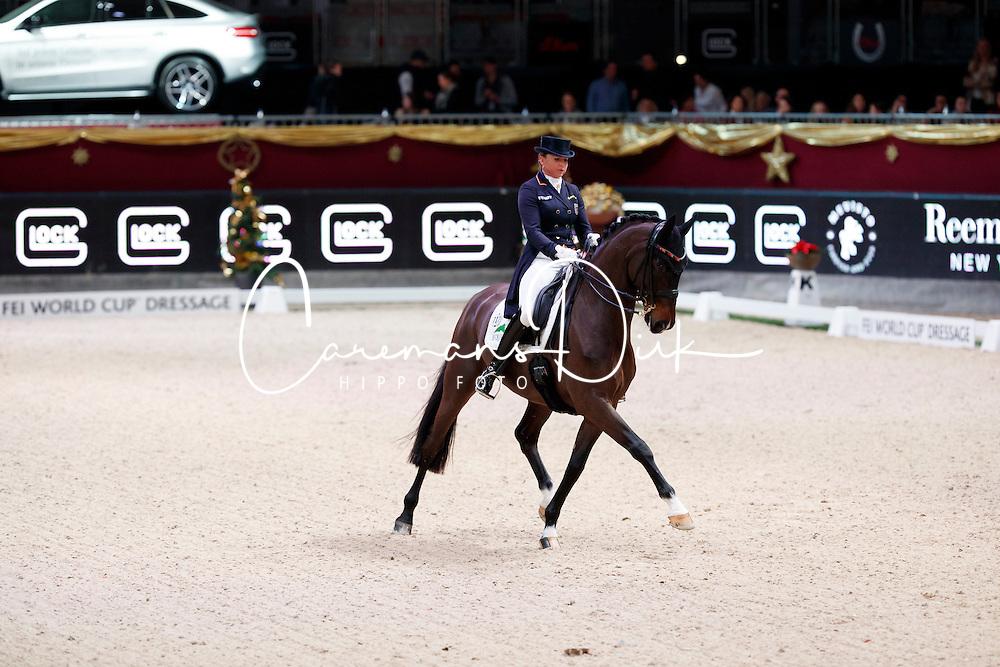 Schneider Dorothee, (GER), Showtime<br /> MEVISTO Amadeus Horse Indoor Salzburg<br /> &copy; Hippo Foto - Stefan Lafrentz<br /> 11-12-2016