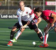 AMSTELVEEN - Billy Bakker (A'dam)   tijdens de hoofdklasse hockeywedstrijd AMSTERDAM-ORANJE ROOD (4-5).  COPYRIGHT KOEN SUYK