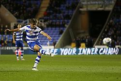 John Swift of Reading shot goes wide - Mandatory by-line: Jason Brown/JMP - 18/10/2016 - FOOTBALL - Madejski Stadium - Reading, England - Reading v Aston Villa - Sky Bet Championship