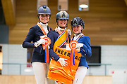 Podium Klasse L2, Mara de Vries, Saskia van Es, Kim Noordijk<br /> KNHS Indoorkampioenschappen 2019<br /> © DigiShots