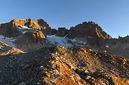 Zwei Alpinisten und das Ziel, der Galenstock SE-Grat, sowie das Gross Bielenhorn, Kamel und die Sidelenh&uuml;tte, Furka, Uri, Schweiz<br /> <br /> Two alpinists and the goal, the SE-ridge of Galenstock as well as the Gross Bielenhorn, Kamel and the mountain shelter Sidelenh&uuml;tte, Furka, Uri, Switzerland