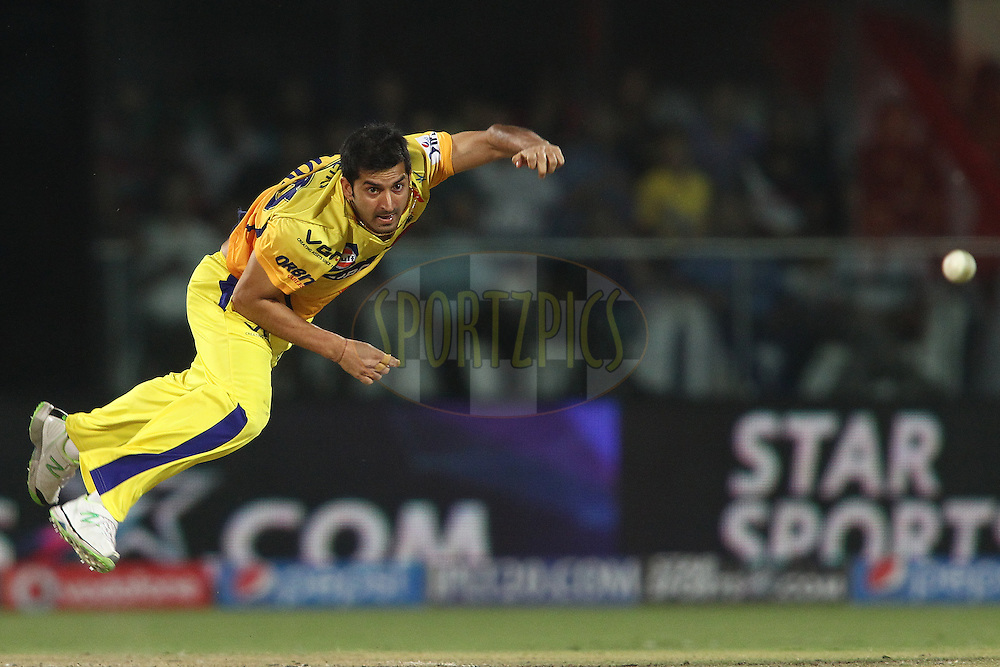 Ravindra Jadeja of The Chennai Super Kings sends down a delivery during match 26 of the Pepsi Indian Premier League Season 2014 between the Delhi Daredevils and the Chennai Super Kings held at the Feroze Shah Kotla cricket stadium, Delhi, India on the 5th May  2014<br /> <br /> Photo by Shaun Roy / IPL / SPORTZPICS<br /> <br /> <br /> <br /> Image use subject to terms and conditions which can be found here:  http://sportzpics.photoshelter.com/gallery/Pepsi-IPL-Image-terms-and-conditions/G00004VW1IVJ.gB0/C0000TScjhBM6ikg
