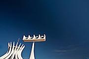 Brasilia_DF, Brasil..Catedral Metropolitana Nossa Senhora Aparecida ou Catedral de Brasilia, localizada na Esplanada dos Ministerios em Brasilia, Distrito Federal...Metropolitan Cathedral Nossa Senhora Aparecida or Cathedral of Brasilia, located at the Esplanada dos Ministerios in Brasilia, Distrito Federal...Foto: JOAO MARCOS ROSA / NITRO