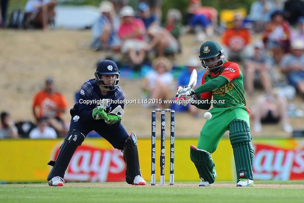 Bangladesh player Mushfiqur Rahim during the 2015 ICC Cricket World Cup match between Bangladesh v Scotland. Saxton Oval, Nelson, New Zealand. Thursday 5 March 2015. Copyright Photo: Chris Symes / www.photosport.co.nz