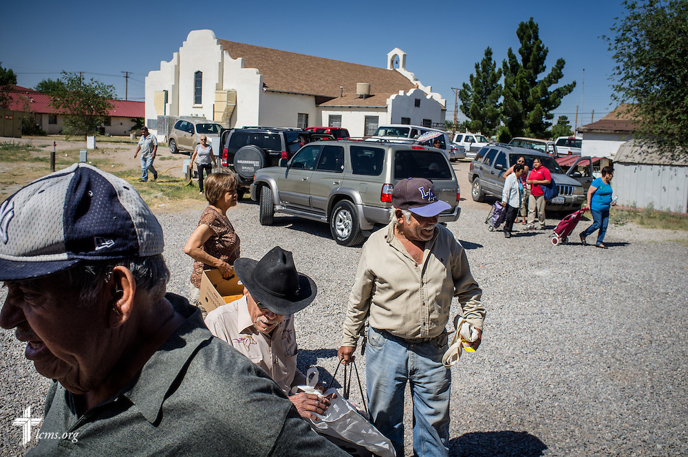 Recipients of the weekly food distribution arrive Saturday, May 21, 2016, at Ysleta Lutheran Mission Human Care in El Paso, Texas. LCMS Communications/Erik M. Lunsford